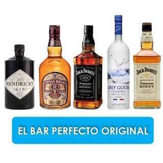 EL BAR PERFECTO ORIGINAL:  Gin Hendricks 700cc + Chivas Regal 12 años 750cc +  Jack Daniels 750cc + Grey Goose 750cc + Jack Daniels Honey 750cc.