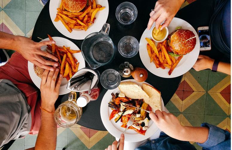 Fome emocional: saiba o que é e não se sabote