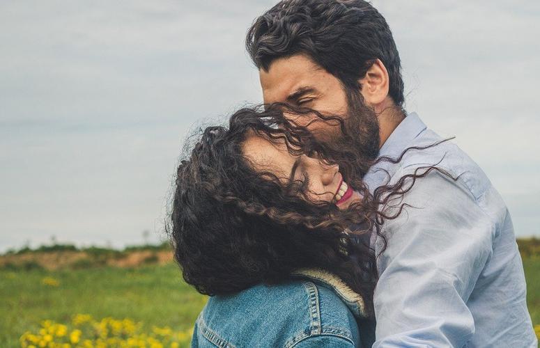 A importância do amor próprio para relacionamentos verdadeiros