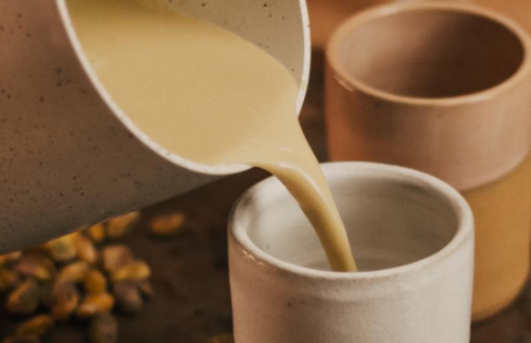 Receita: leite de pistache