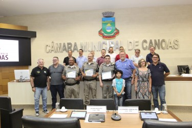 Homenagem à patrulha escolar do 15º BPM