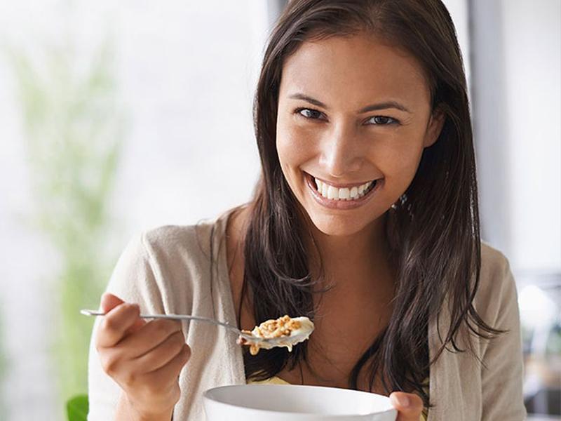 Conheça os benefícios de comer aveia todos os dias