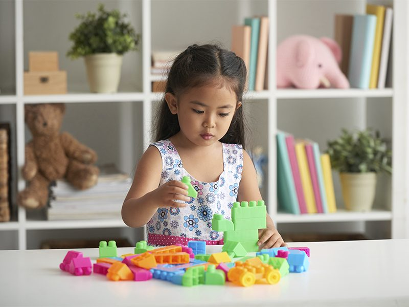 Autismo: aprenda o que é, quais os tipos, sintomas e como tratar