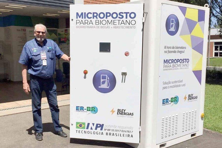Microposto