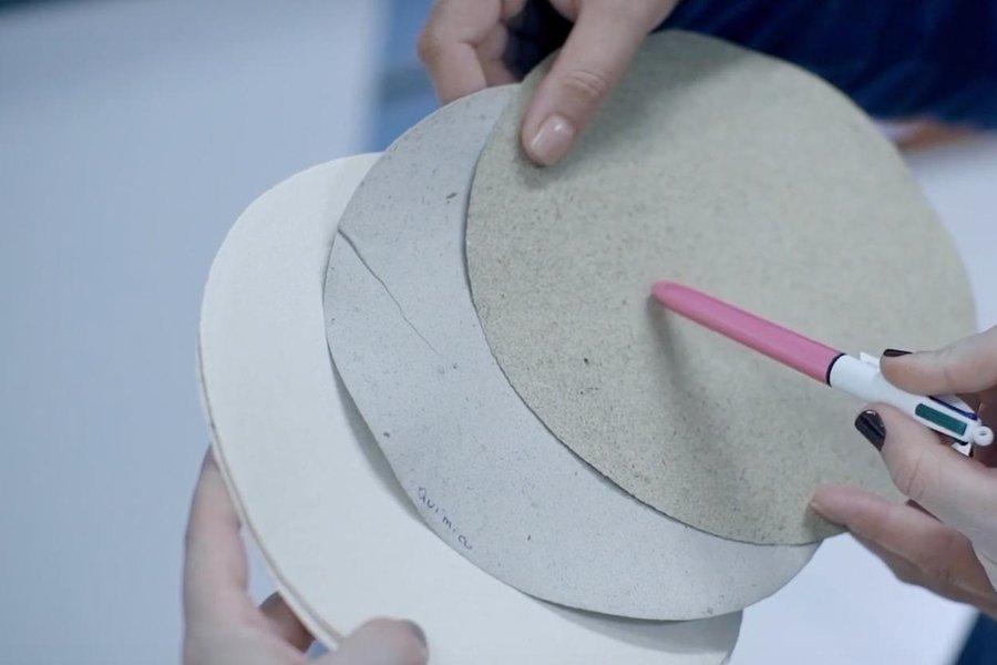Empresa inova e desenvolve papel com fibras obtidas a partir do esterco bovino