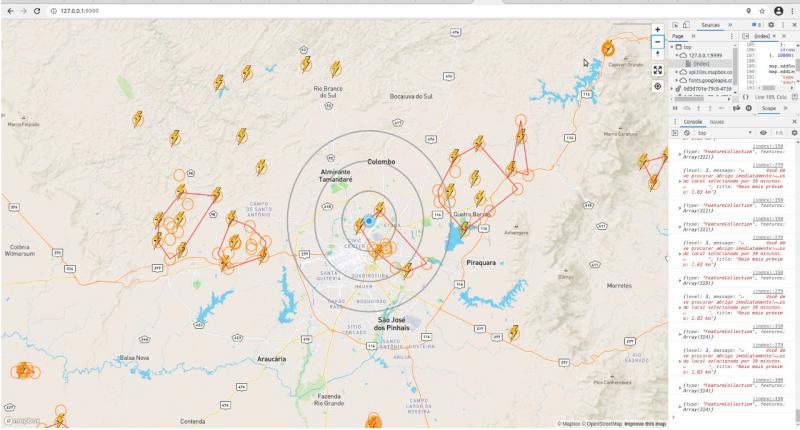 Simulacao de raios sendo detecados pelo stormdetector e a area circulos com maior probabilidade de raios 800x430