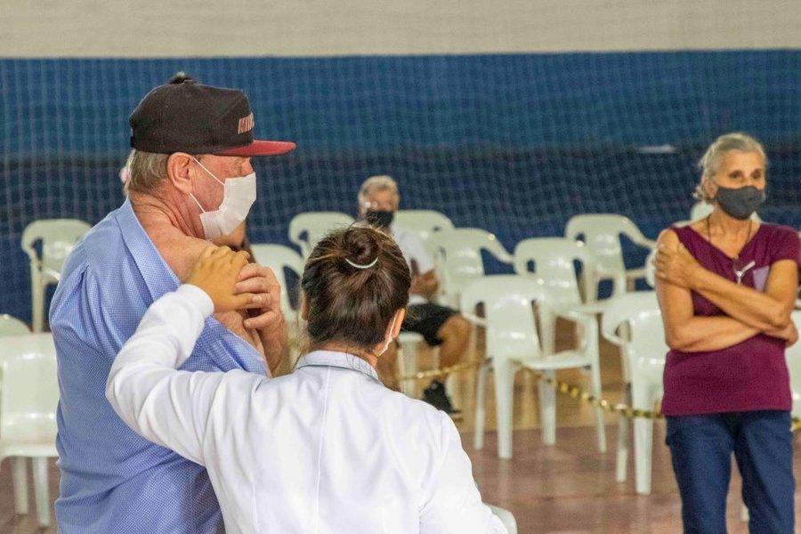 Vacinacao hugo zeni 250321 fabio ulsenheimer