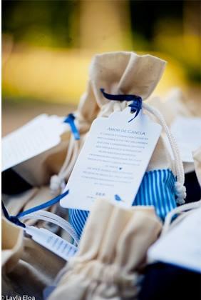 Saquinho de algodão Cru - conteúdo a escolha, como por exemplo, canela em pau(especiarias), sementinhas de flores, sementinhas de horrtaliças