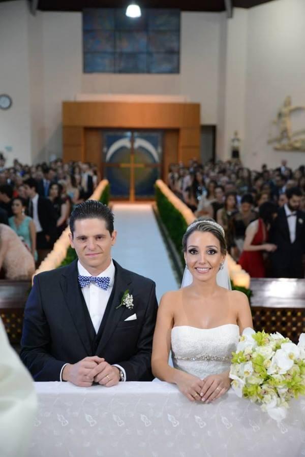 casamento-tradicional-debora-e-gabriel-londrina (34)
