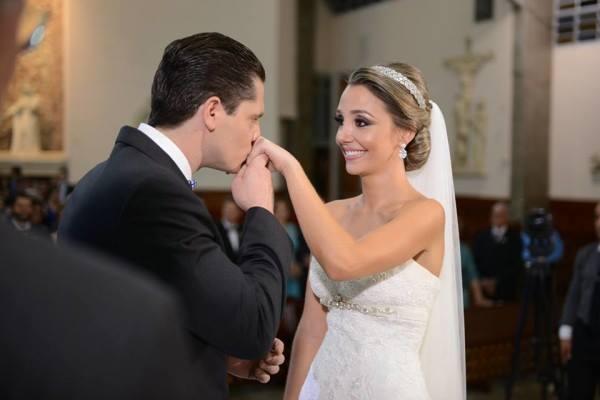casamento-tradicional-debora-e-gabriel-londrina (38)