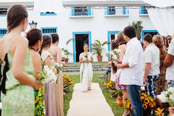 cerimonia-de-casamento-fora-do-tradicional (2)