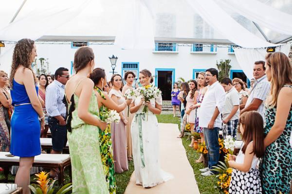 cerimonia-de-casamento-fora-do-tradicional (4)