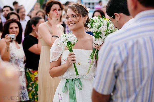 cerimonia-de-casamento-fora-do-tradicional (6)