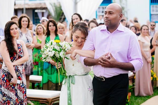 cerimonia-de-casamento-fora-do-tradicional (7)