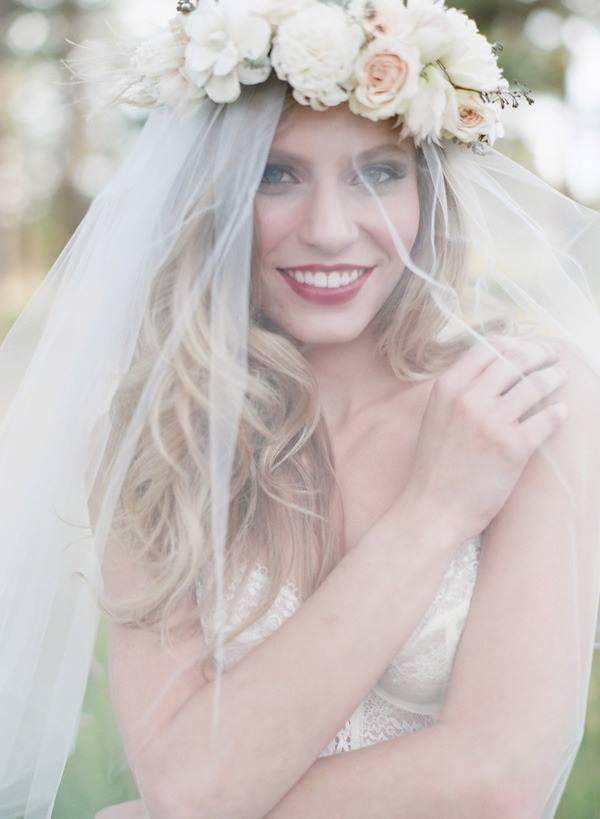 Resultado de imagem para cabelos com flores 2016