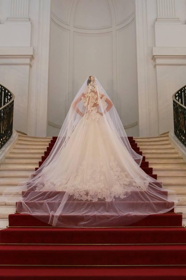 Vestidos de noiva: editorial de Carlos Bacchi