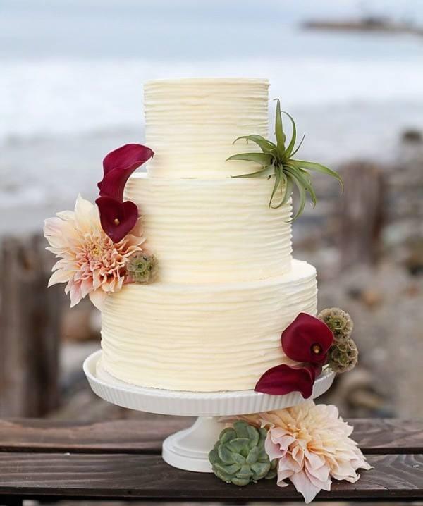 Bolo-de-casamento-na-praia (17)