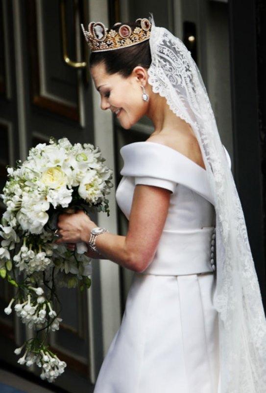 Vestidos-de-noiva-de-princesas-reais-Victoria-Suecia (3)