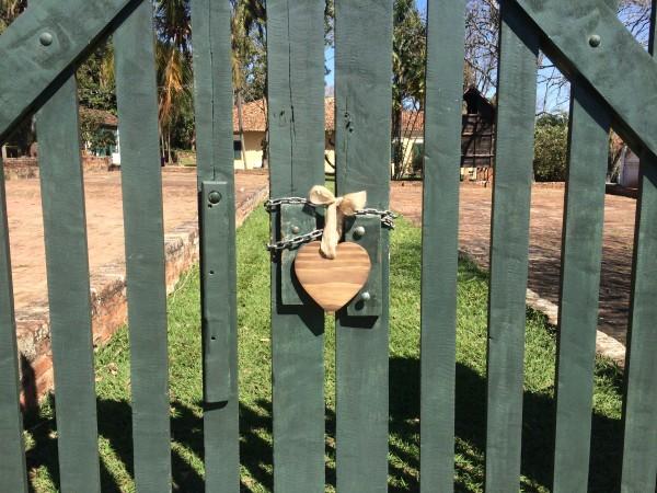 plaquinhas-para-casamento-na-fazenda-atelie-baoba-publi (2)