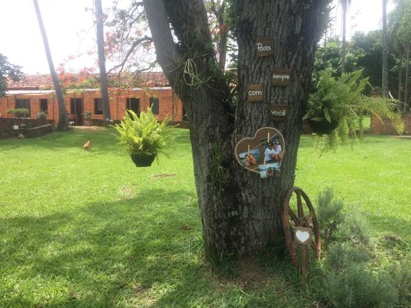 plaquinhas-para-casamento-na-fazenda-atelie-baoba-publi (7)