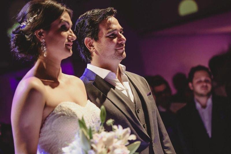 casamento-flavia-e-arthur-decoracao-rosa-e-roxa-casarpontocom (15)