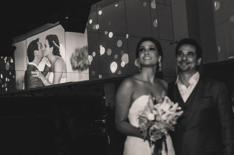 casamento-flavia-e-arthur-decoracao-rosa-e-roxa-casarpontocom (18)