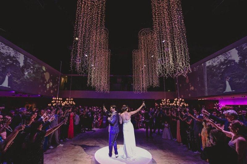 casamento-flavia-e-arthur-decoracao-rosa-e-roxa-casarpontocom (20)