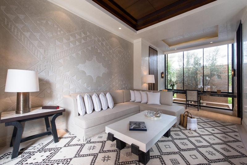 marrakech-mandarin-pool-villa-living-room-min