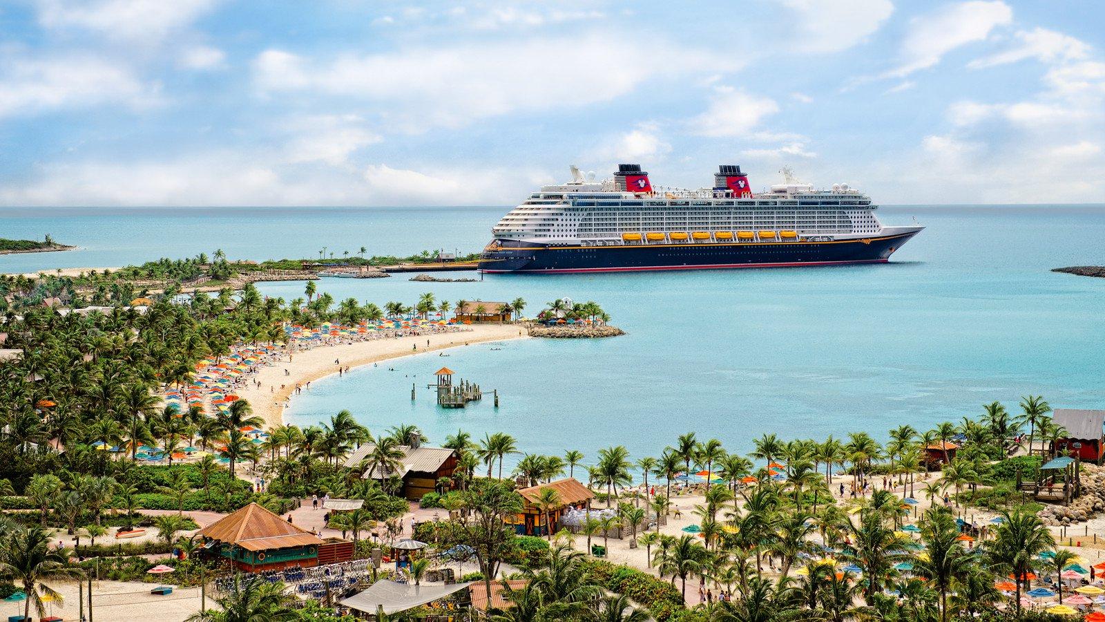 Lua de mel: 5 razões para embarcar em um cruzeiro da Disney
