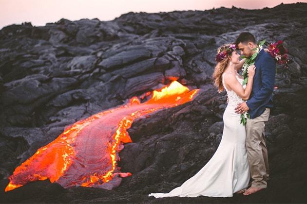 Casal faz ensaio de casamento em um vulcão ativo