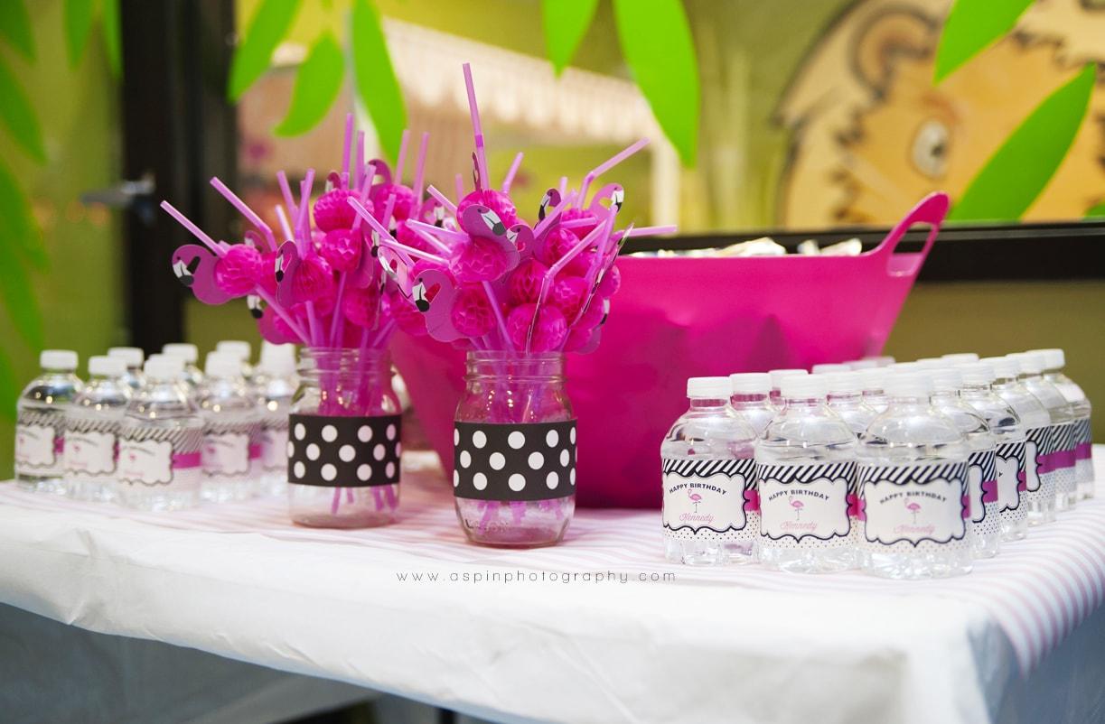 Flamingo_Theme_Party_Hoopla_Events_031-min