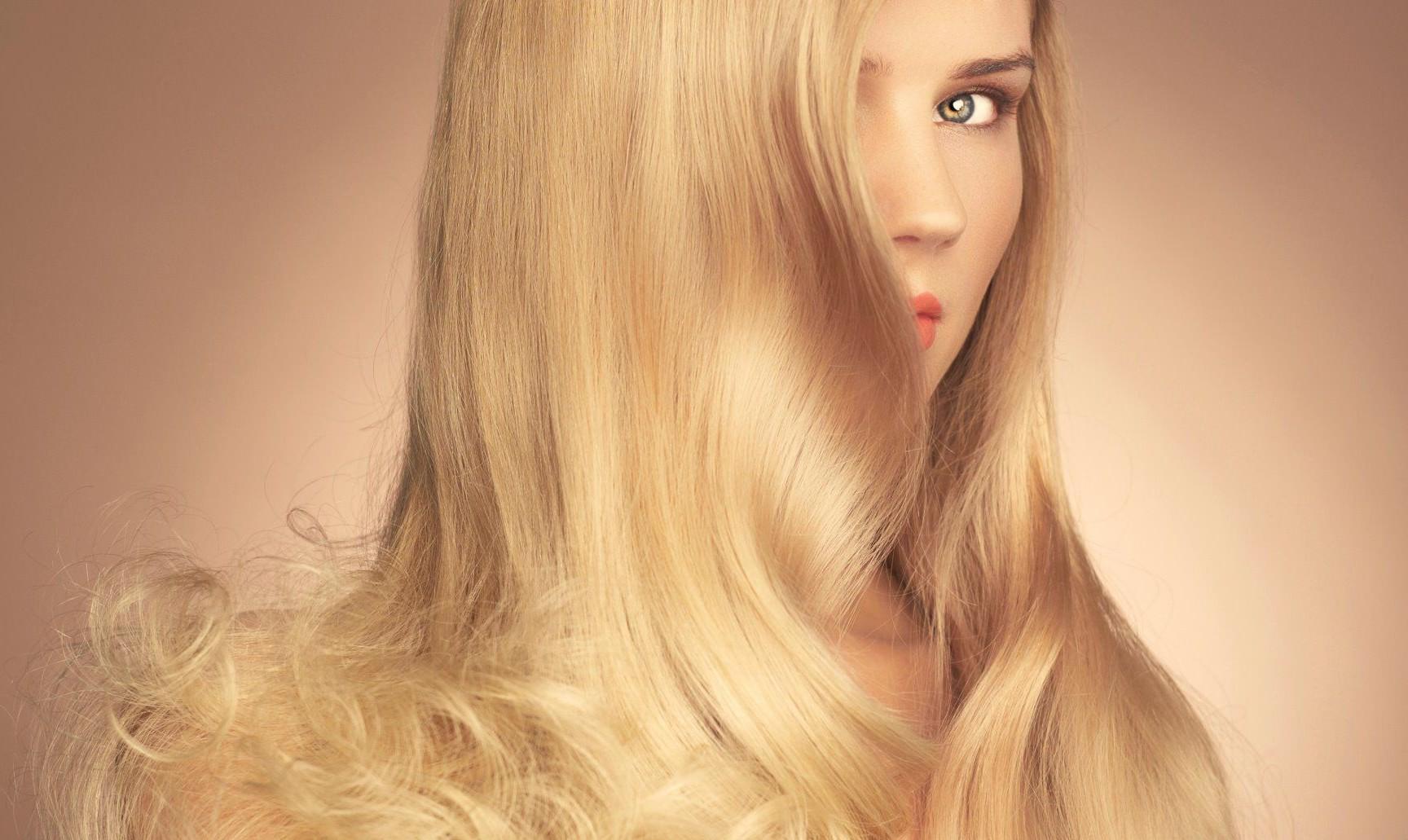Beleza da noiva: Como manter os cabelos saudáveis no verão