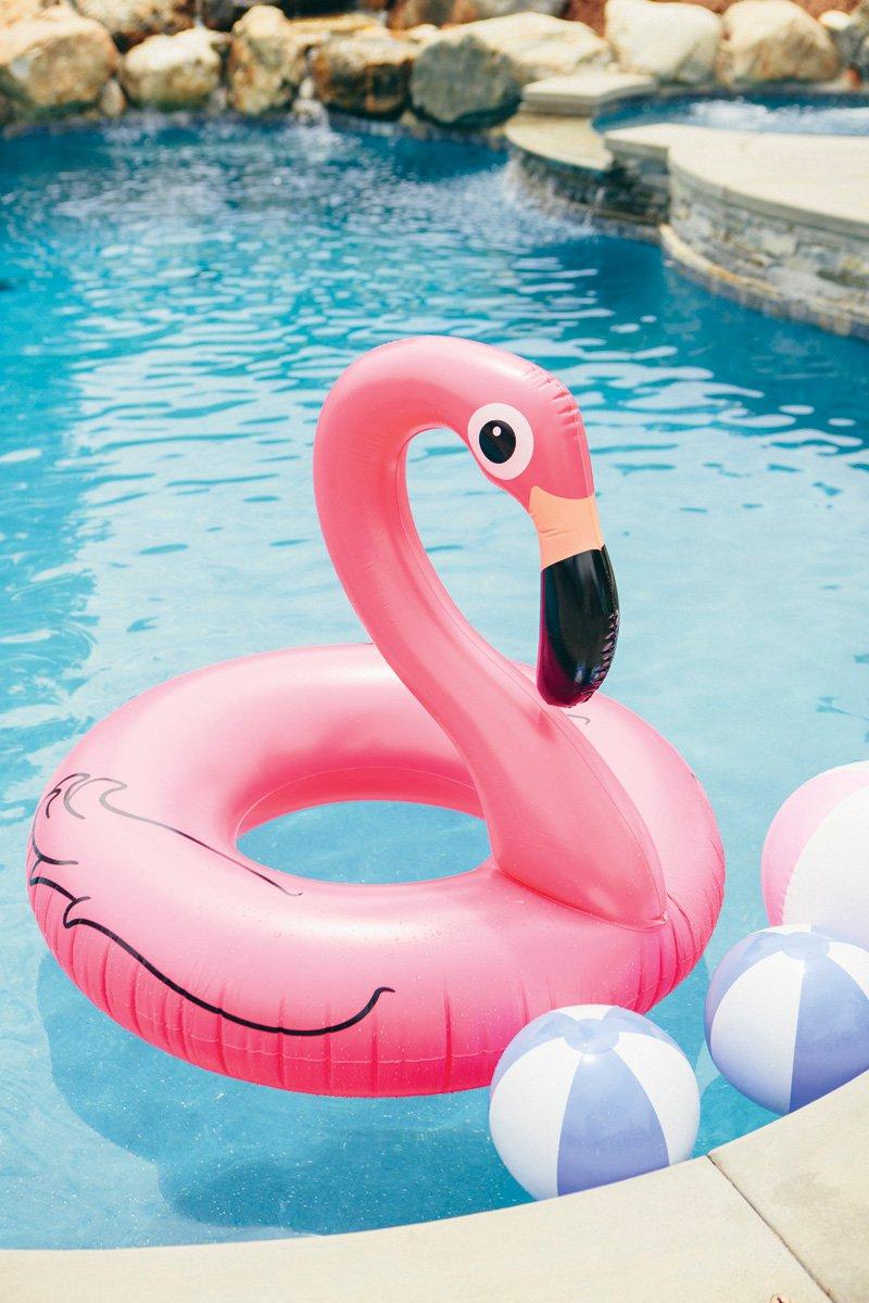 flamingo-inner-tube-min