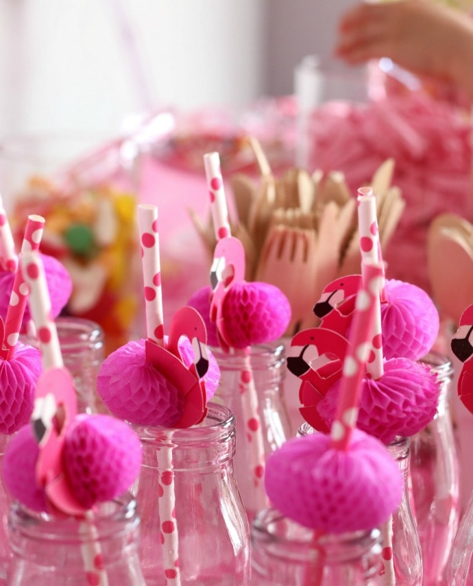 flamingo-party-straws-min