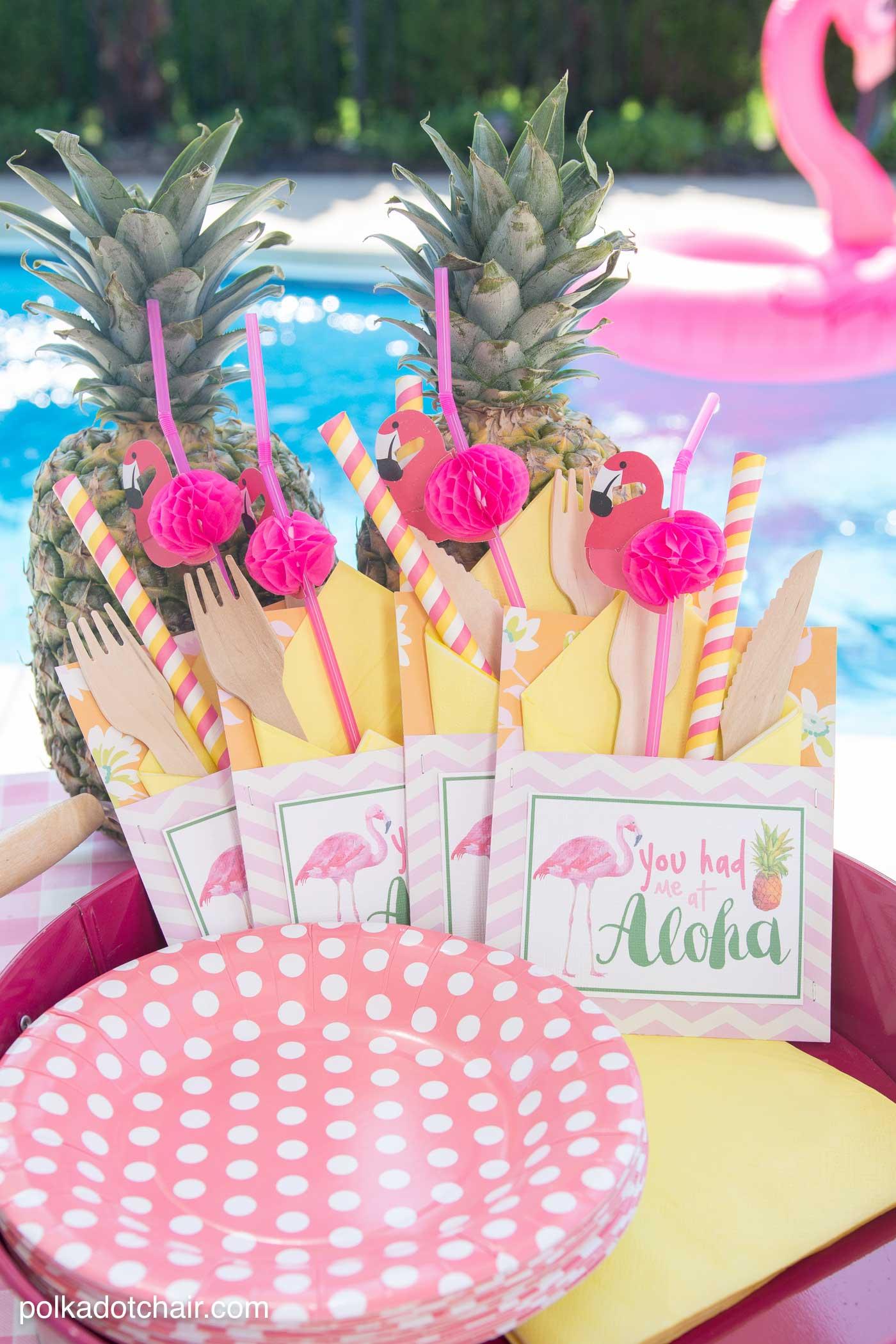 free-printable-flamingo-party-supplies-min