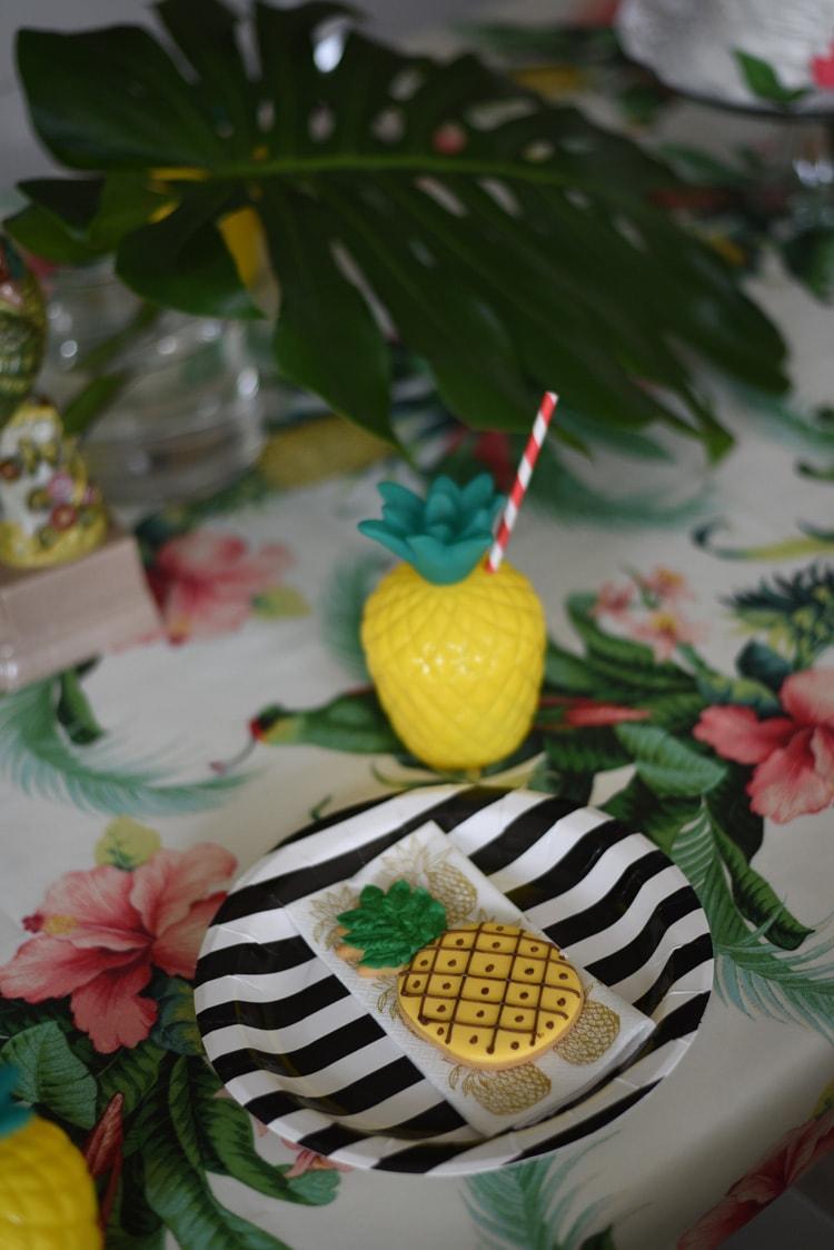 cha-de-panela-abacaxi-decoracao-11-min