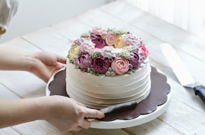 ivenoven cake 2