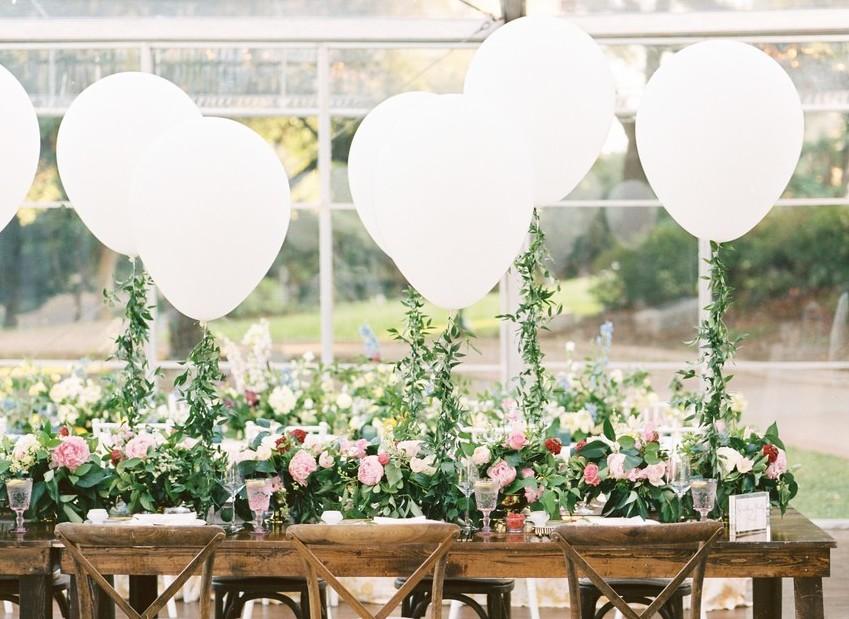 Tendência que amamos: decoração de casamento com balões