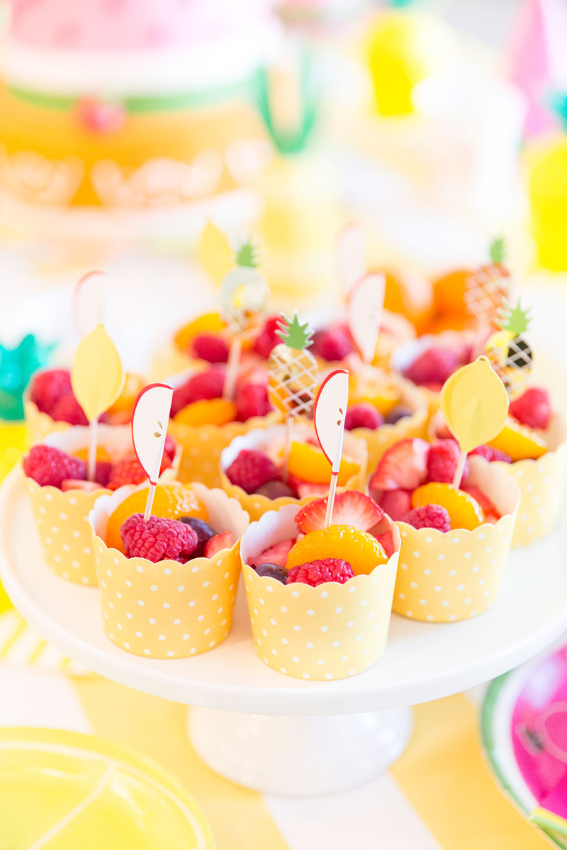 cute-fruit-cups-for-birthday-party