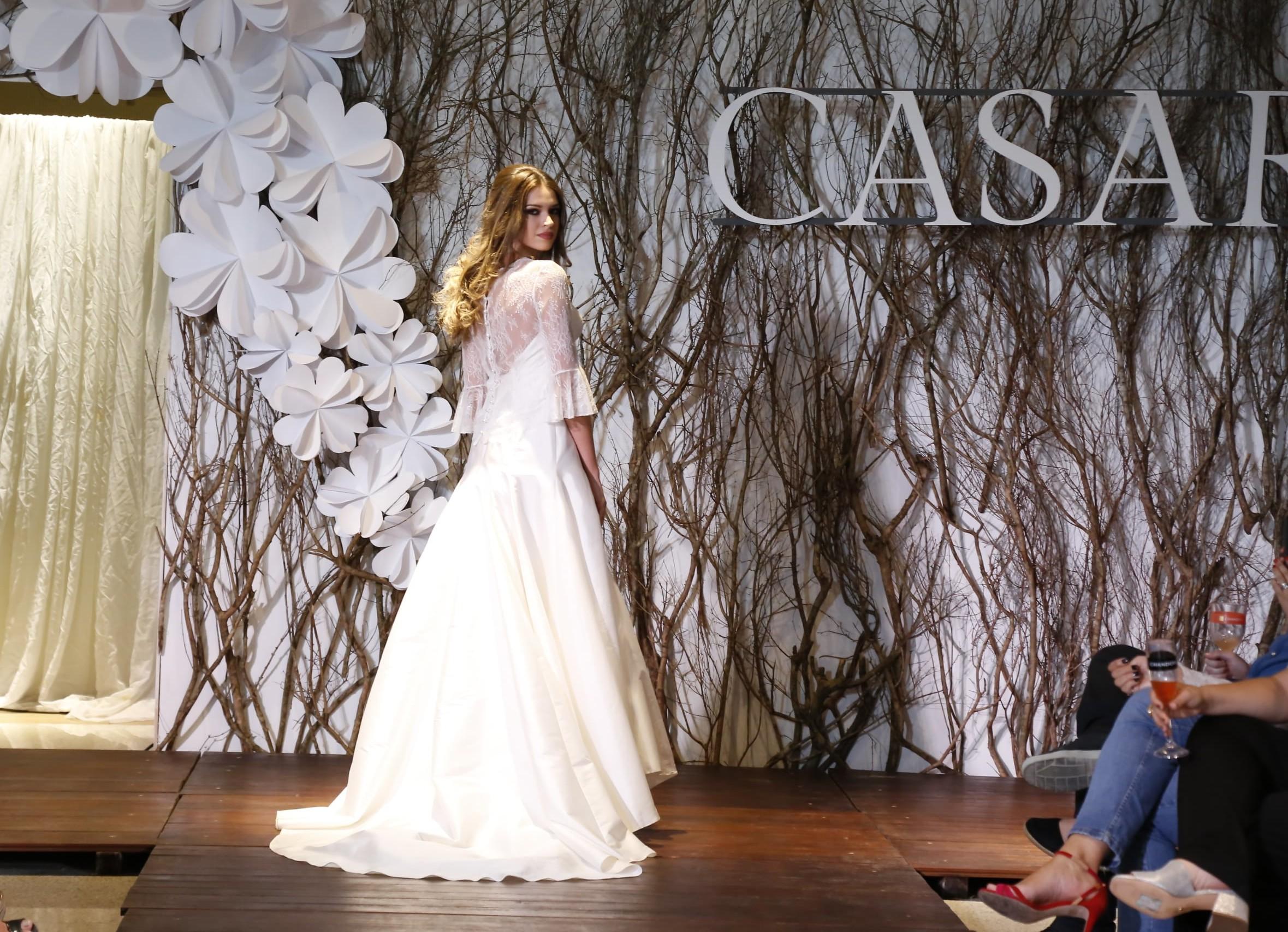 CASAR Recife 2017: O desfile dos vestidos de noiva de Lethicia Bronstein