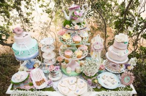 Vintage-Tea-Party-via-Karas-Party-Ideas-KarasPartyIdeas.com14