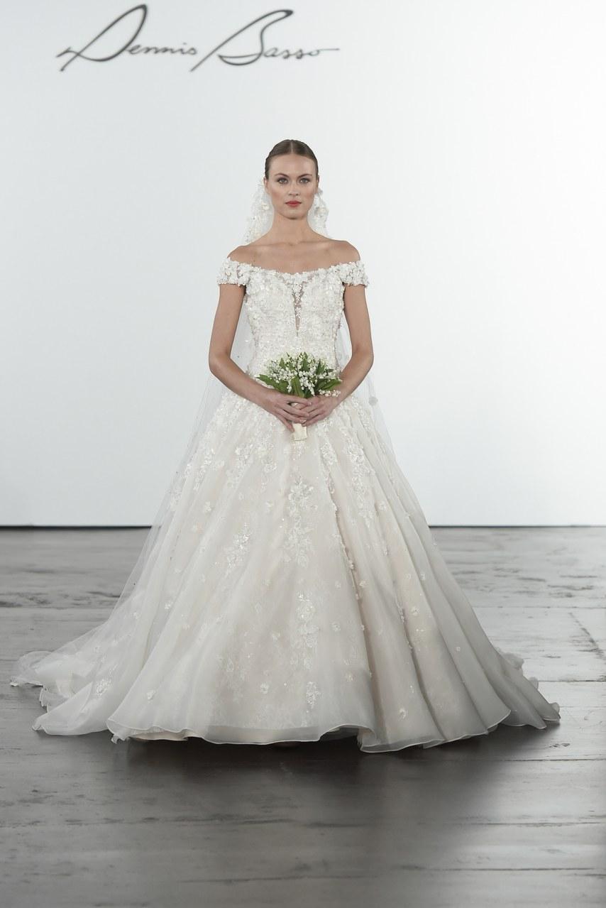 dennis-basso-for-kleinfeld-wedding-dresses-fall-2018-001