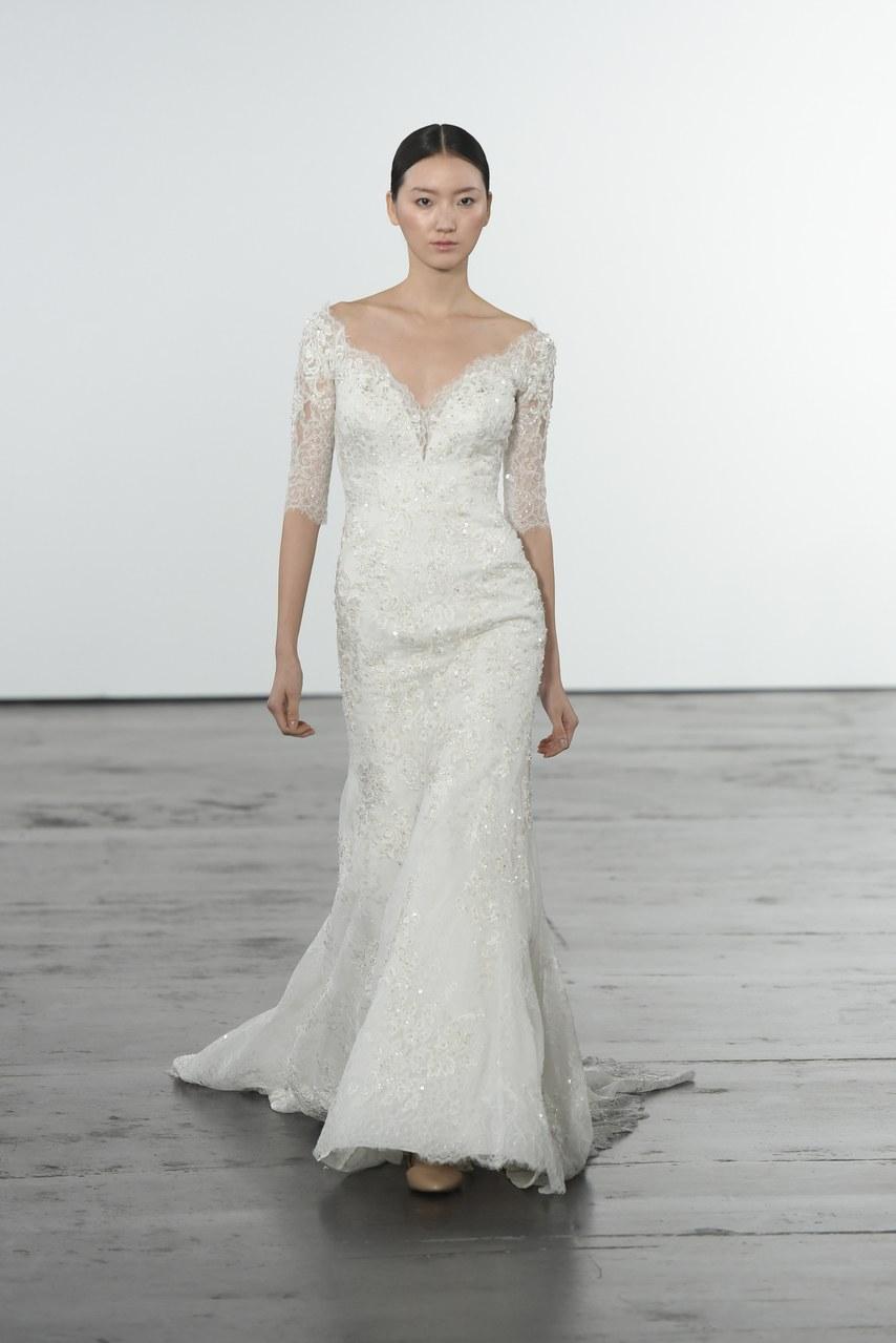dennis-basso-for-kleinfeld-wedding-dresses-fall-2018-006