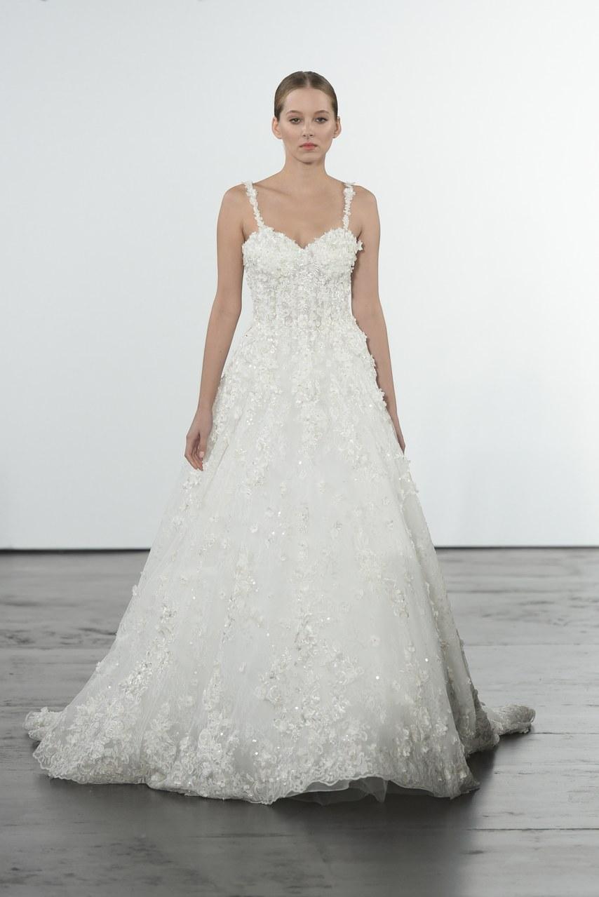dennis-basso-for-kleinfeld-wedding-dresses-fall-2018-007