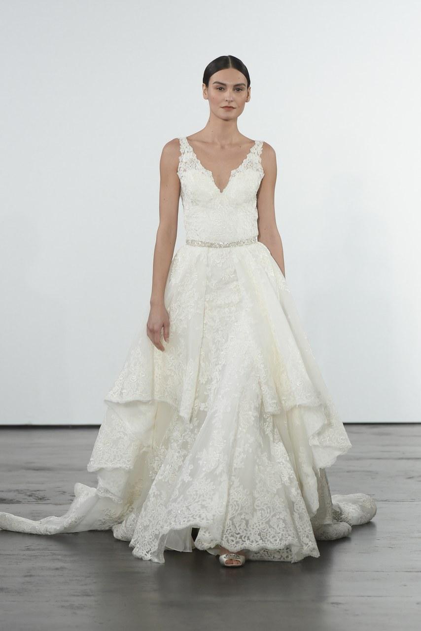 dennis-basso-for-kleinfeld-wedding-dresses-fall-2018-008