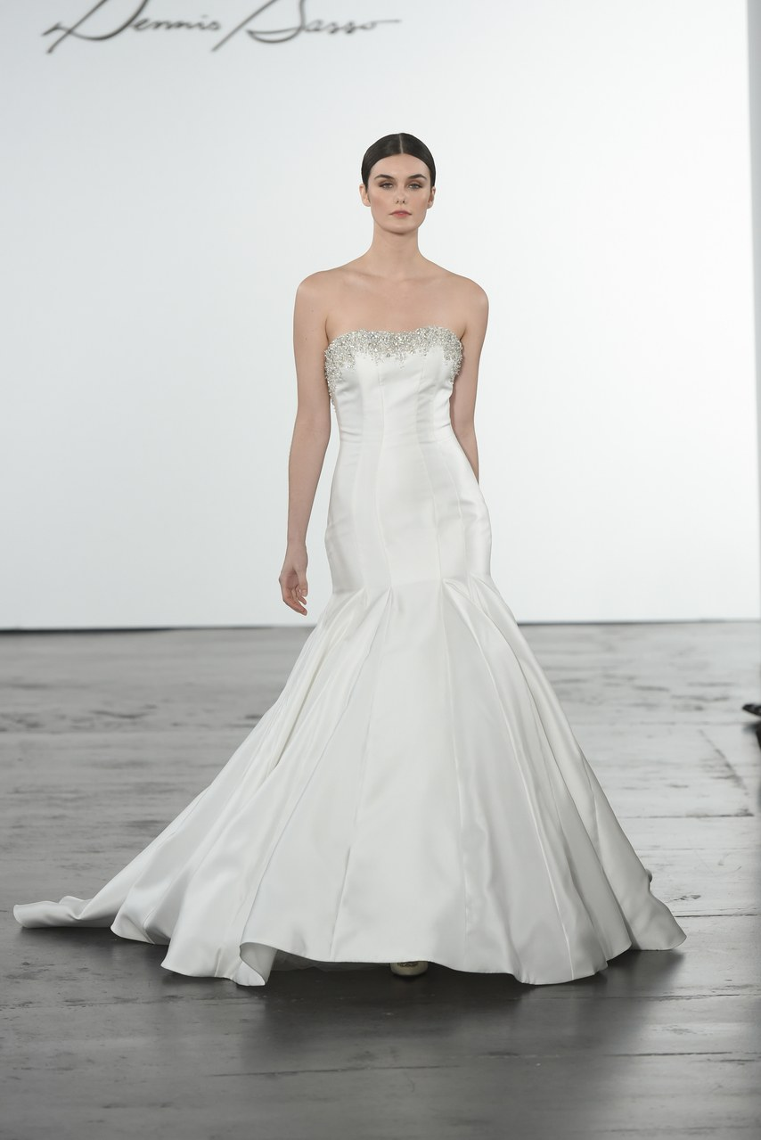 dennis-basso-for-kleinfeld-wedding-dresses-fall-2018-012