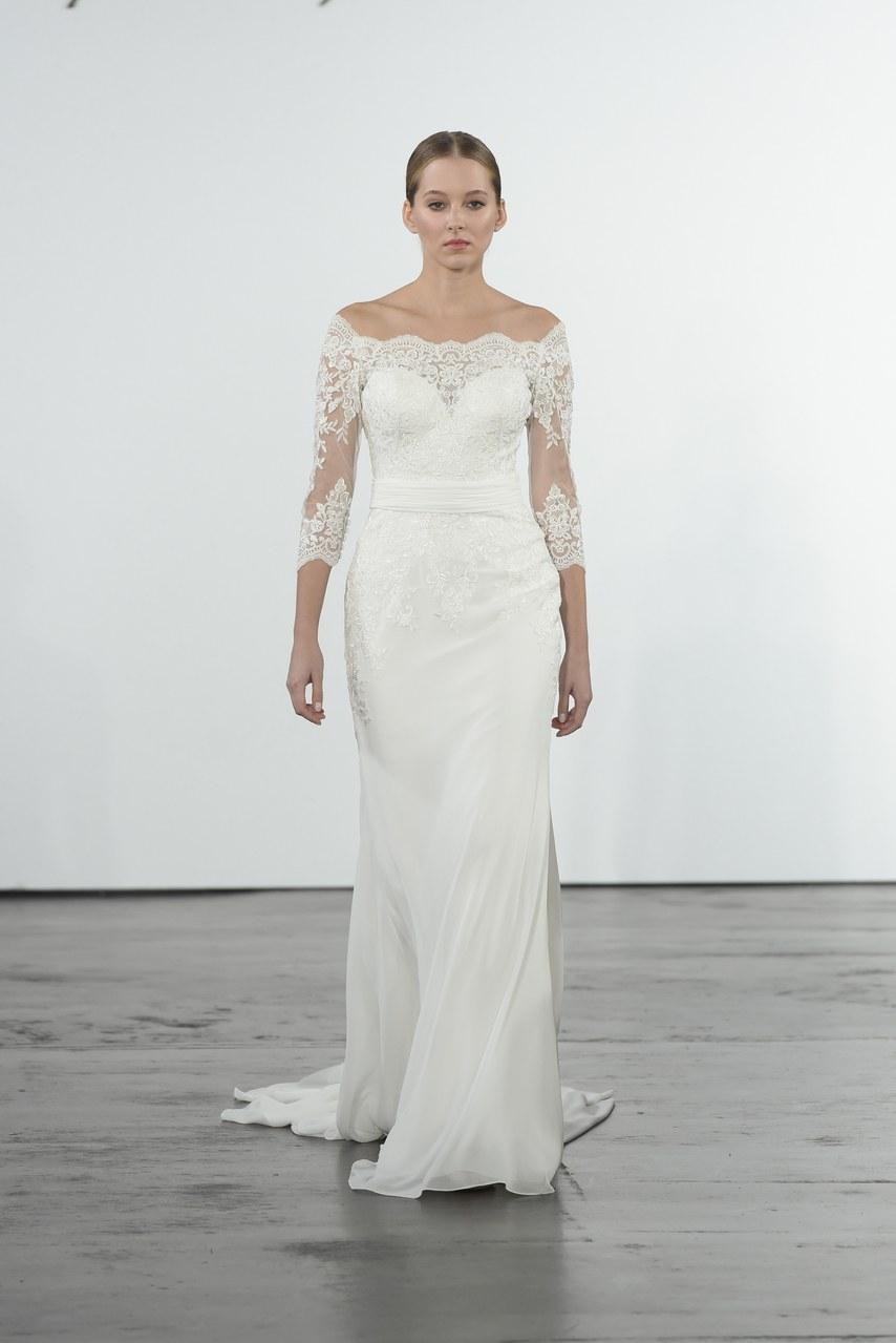 dennis-basso-for-kleinfeld-wedding-dresses-fall-2018-019