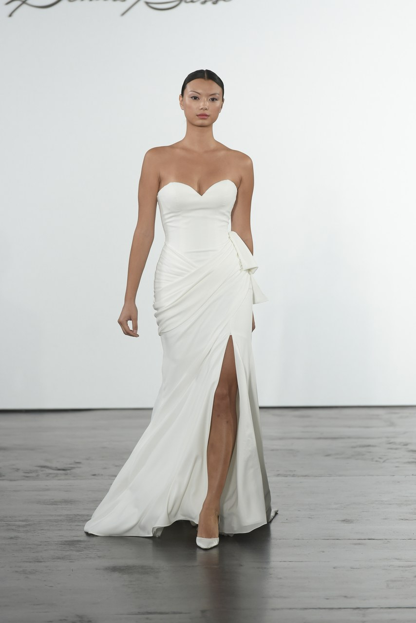 dennis-basso-for-kleinfeld-wedding-dresses-fall-2018-022