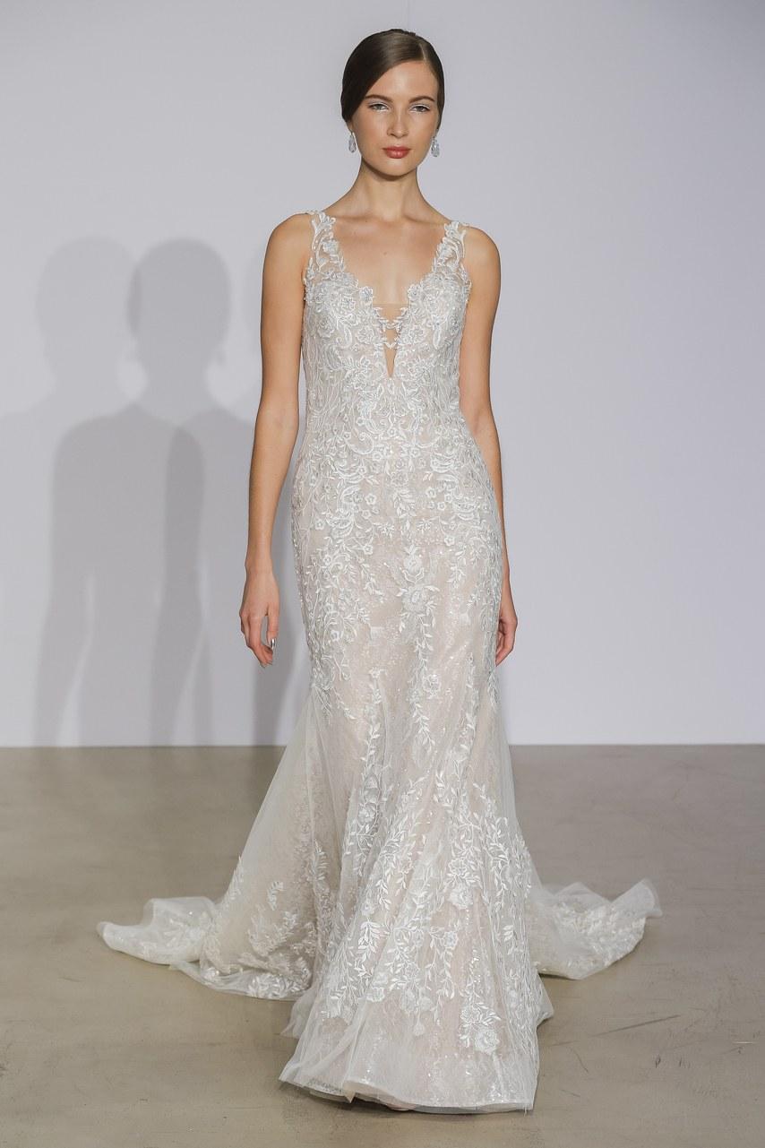 justin-alexander-wedding-dresses-fall-2018-11