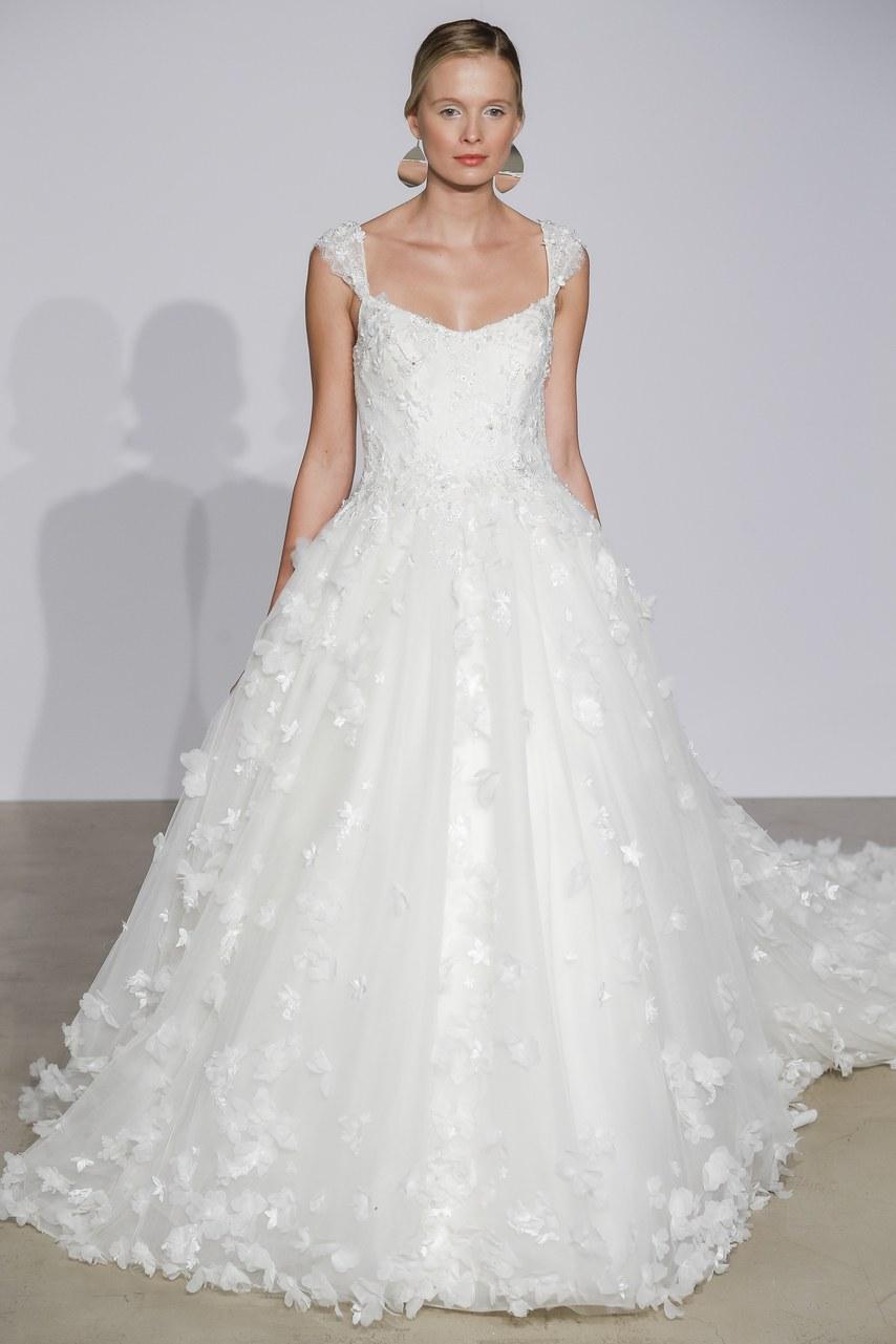 justin-alexander-wedding-dresses-fall-2018-18